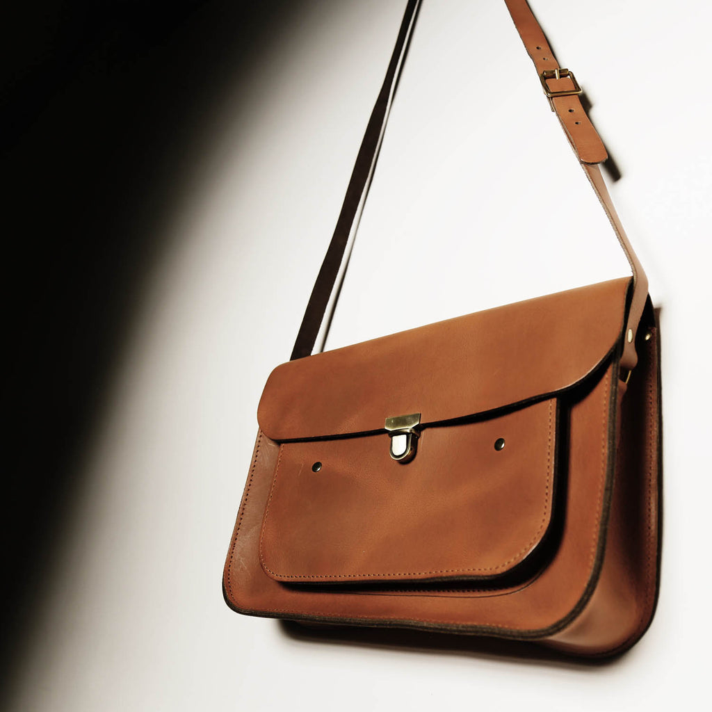Vintage tan Medium Pocket Satchel
