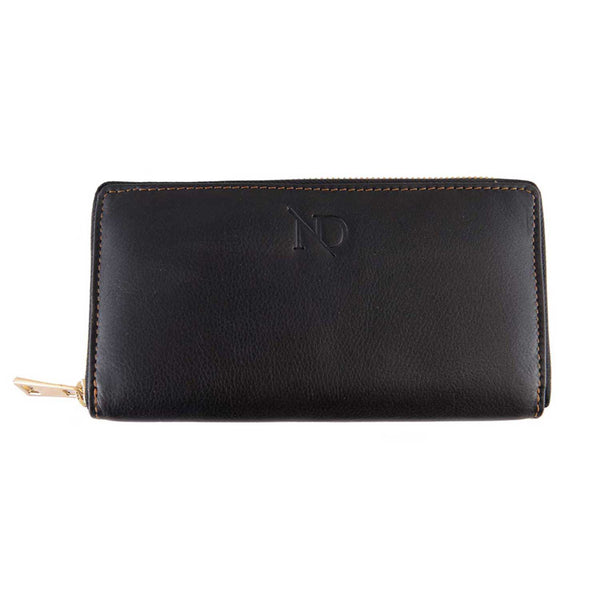 Gwenevere Black Zip Purse