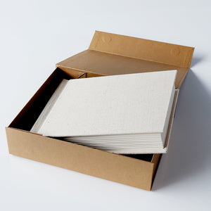 MEDIUM box - white OR brown with FREE print on lid (EMPTY)