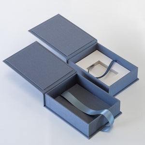 "7x5"" Portrait Box - (optional) USB Space Underneath"