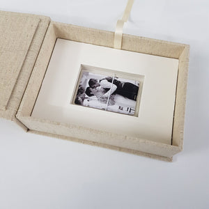 "7x5"" Portrait Box - With USB Space Underneath"
