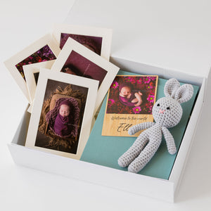 White Box Set 8: 20 Photo Album, Bamboo Print, Bunny and Five Mounts