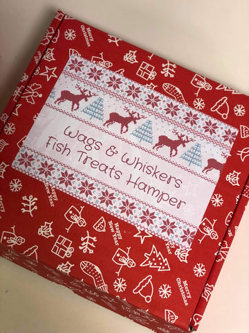 Wags & Whiskers Christmas Fish Treats Hamper