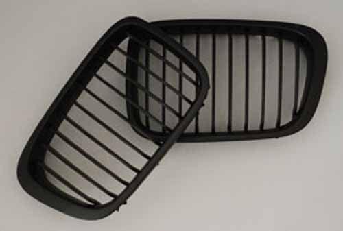 BMW Matte Black Grill (Front Pair) for E46 Sedan & Wagon Facelift only (9/01-05)