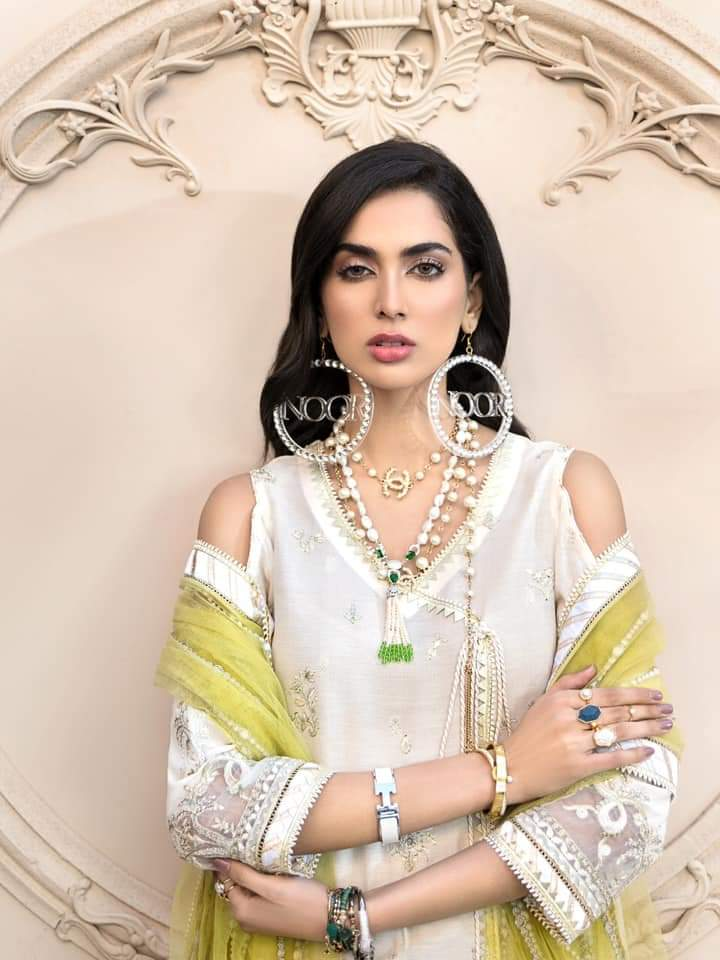 Noor Luxury Lawn Collection 2020 D-1a