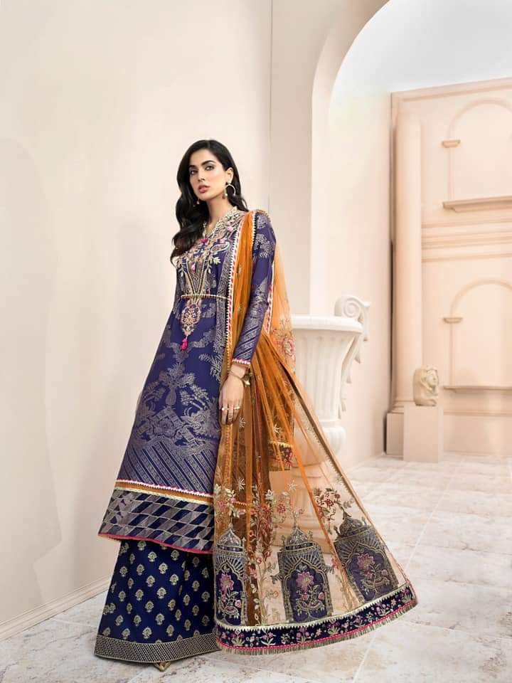 Noor Luxury Lawn Collection 2020 D-10b