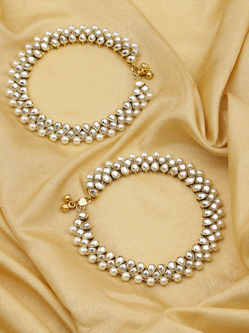 Set Of 2 Gold-Plated Kundan and Pearls Studded Heavy Anklets