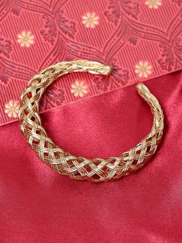 Gold-Plated Hollow Mesh Design Kada Bracelet For Women