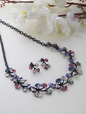 Multi-Color Stones Black Metal Floral Pendant Set