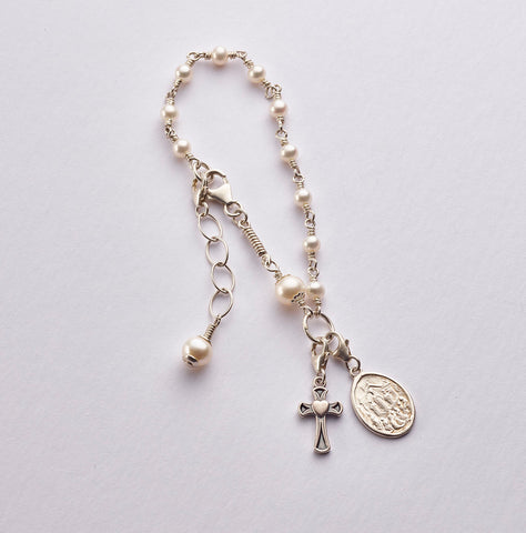 Child Rosary Bracelet (Knock): Sterling Silver with Freshwater Pearl