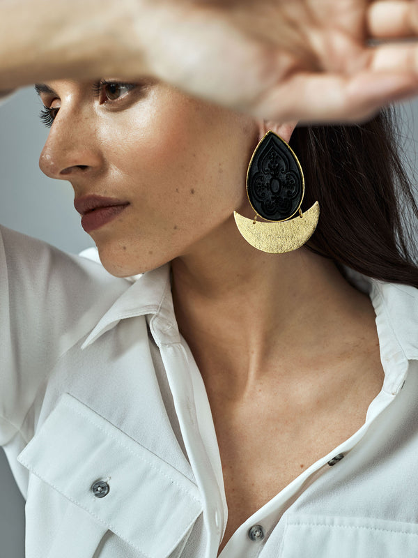 Gold Onyx Crescent Earrings