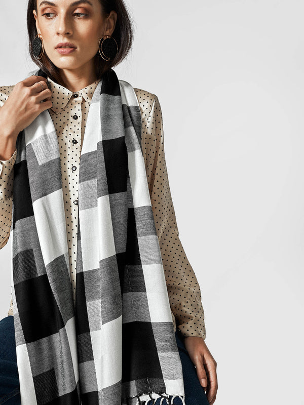 Monochrome Checked Scarf