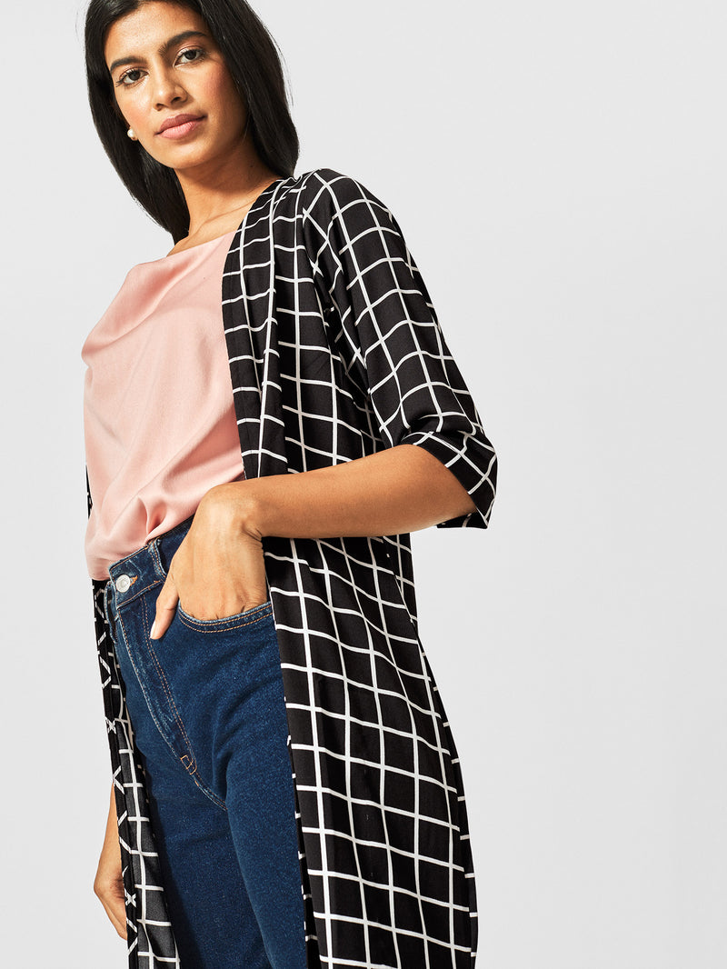 Monochrome Grid Cape