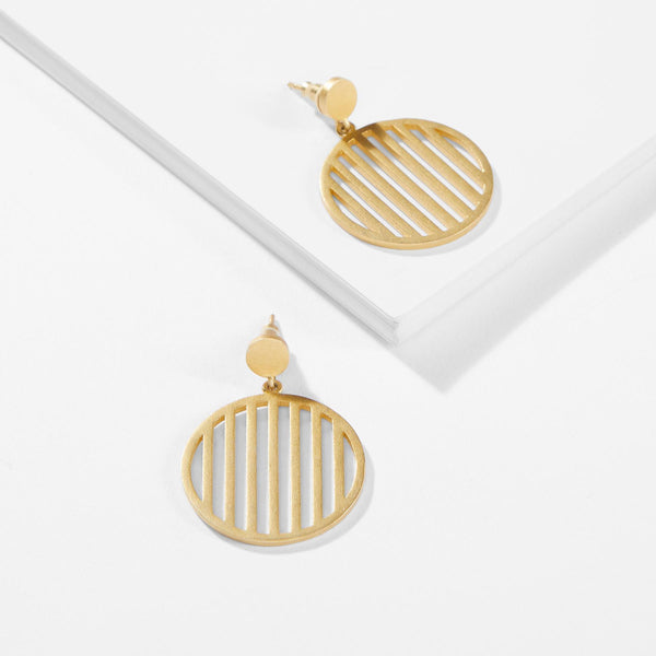 Gold Matte Bar Circle Earrings