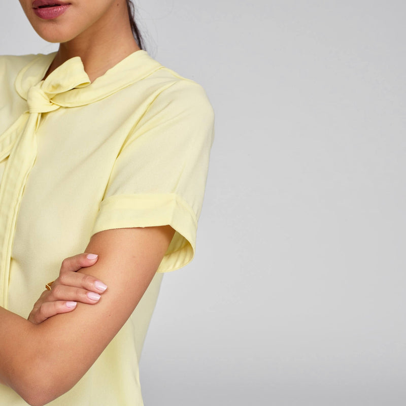 Lemon Neck Tie Top