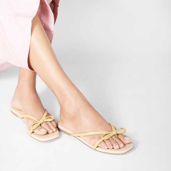 Lemon Bow Flats