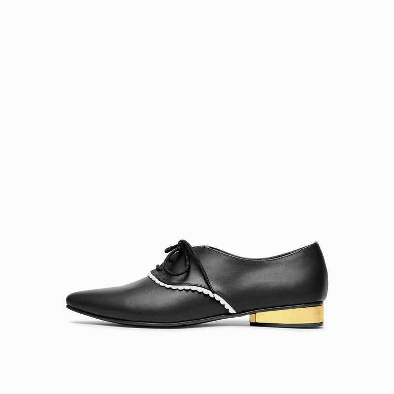 Monochrome Scallop Heeled Brogues