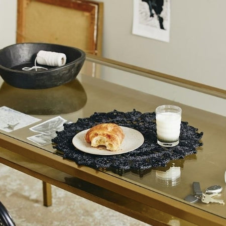 Black 'Doory' Table Mat