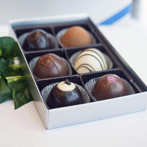 The Royal Chocolate Gift Box of 6 Le Grand Holiday Truffles