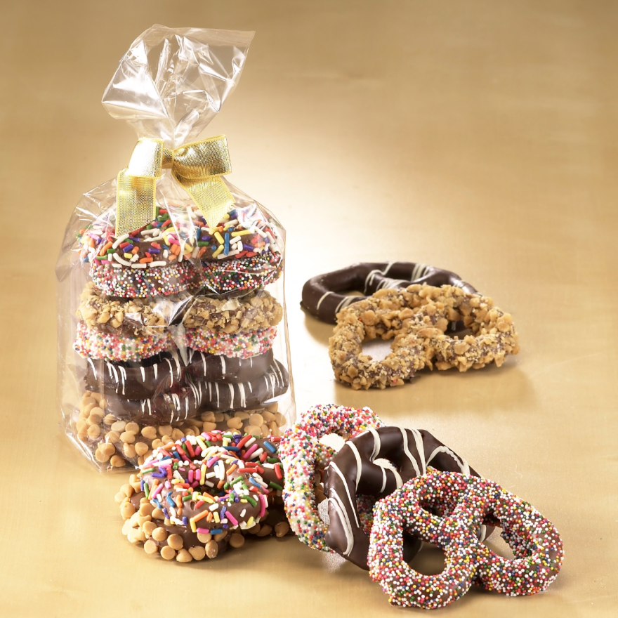 The Royal Chocolate Assorted 3 Ring Gourmet Pretzels