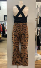 Load image into Gallery viewer, tiger cords NWT