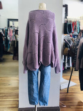 Load image into Gallery viewer, oversized sweater