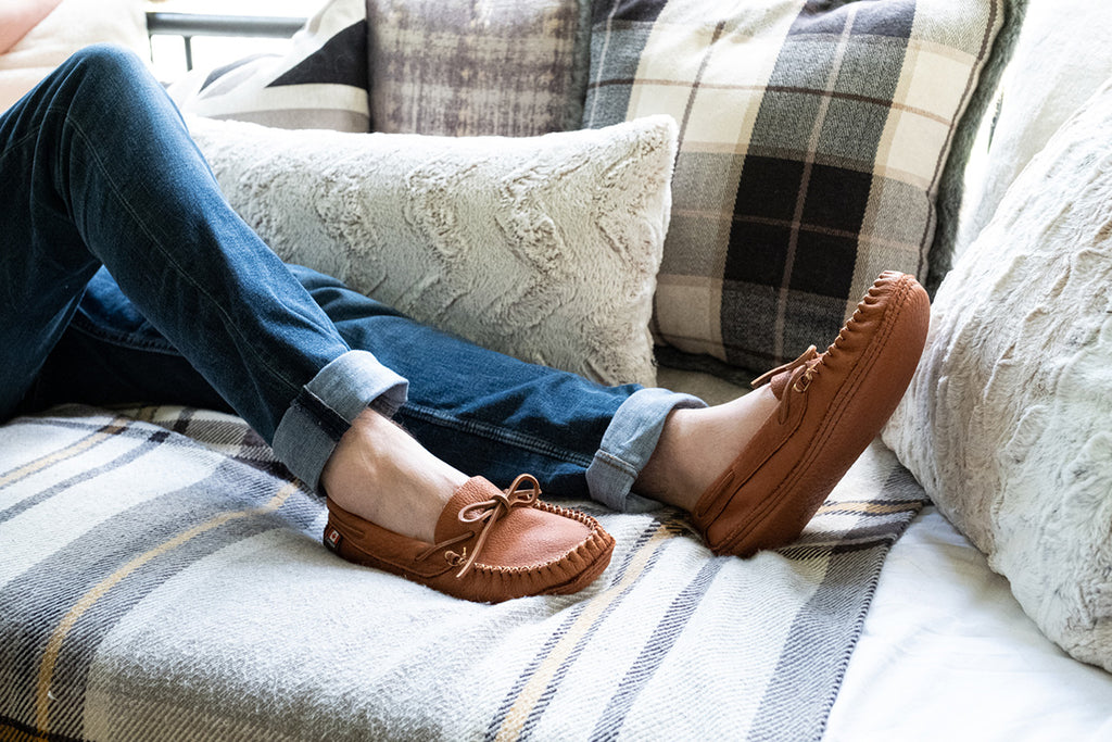mens wide fitting moccasins