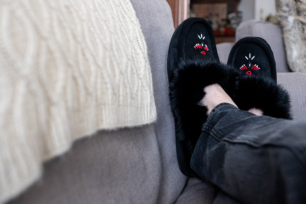 men's rabbit fur beaded moccasin slippers black