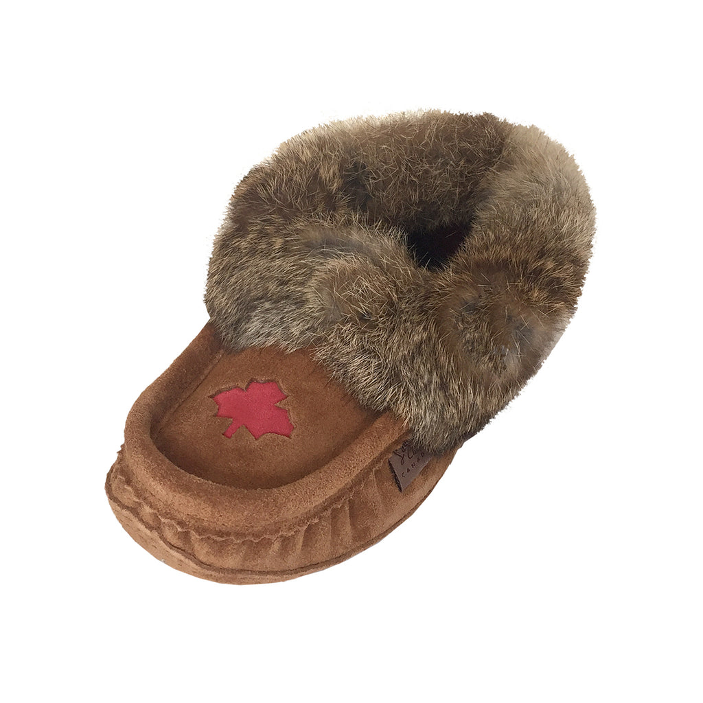 Women's Fleece Lined Brown Suede Maple Leaf Moccasins With Rabbit Fur 666DKTL