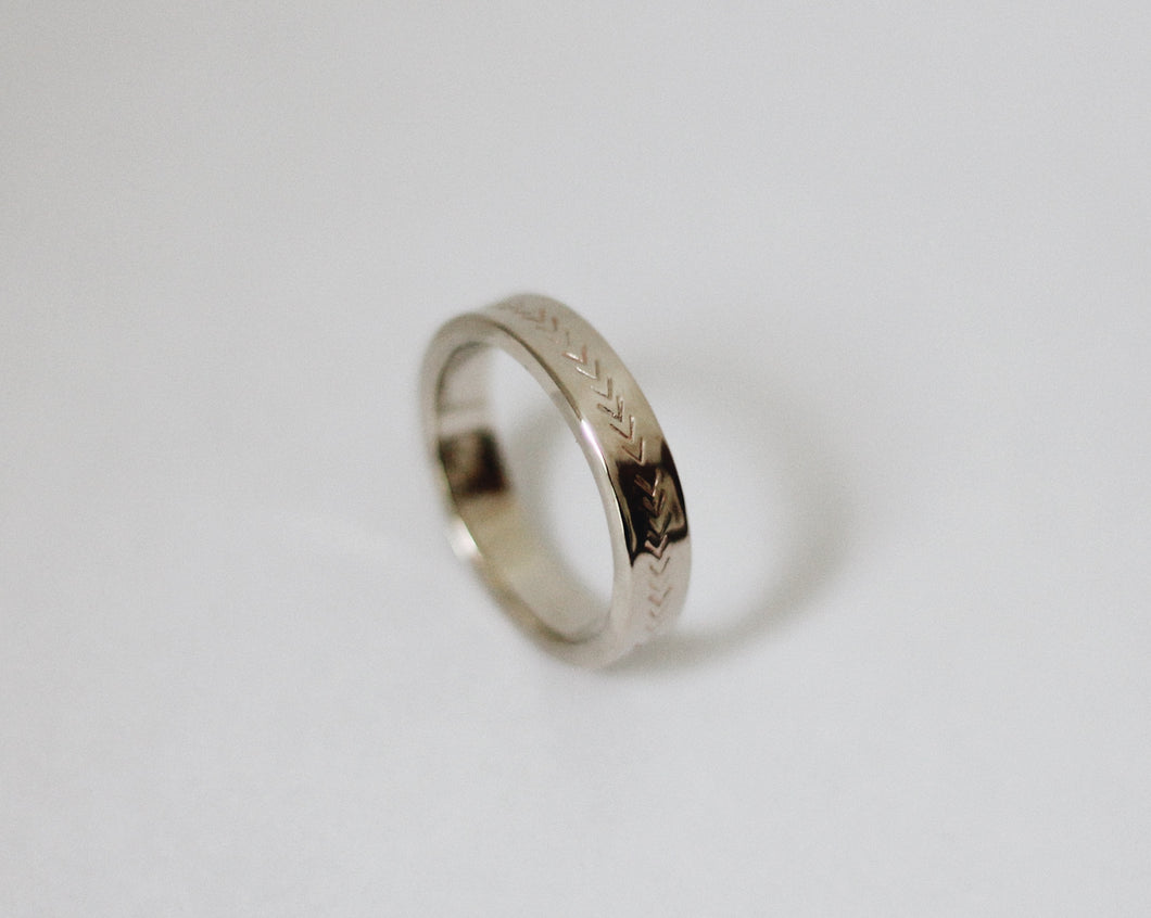 Arrow Stamped White Gold Wedding Band