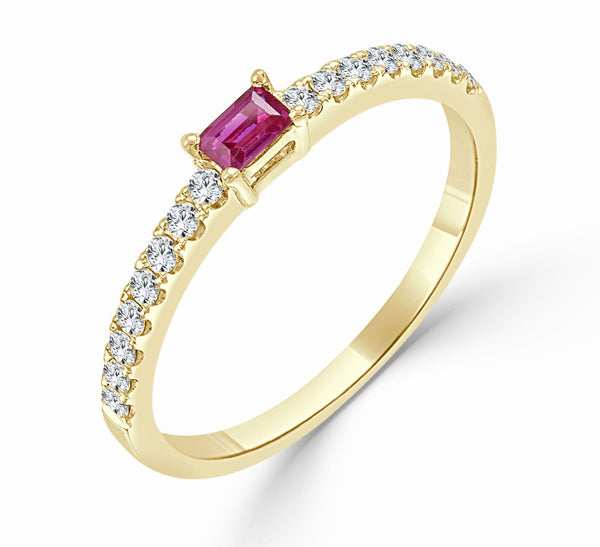 Sabrina Designs 18k Yellow Gold Diamond & Ruby Stackable Ring