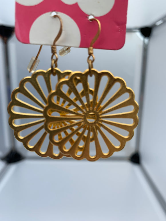 Circular cut out earrings (gold)
