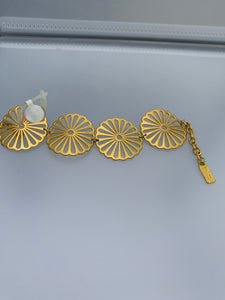 Circle linked bracelet (gold)