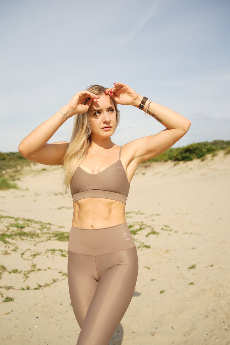 V-Neck sports top - Soft tan - Save The Wave