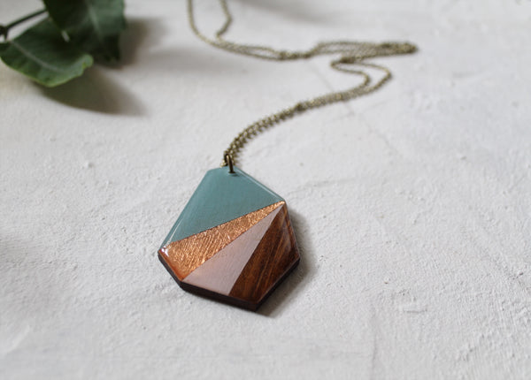 Deco rock pendant #1