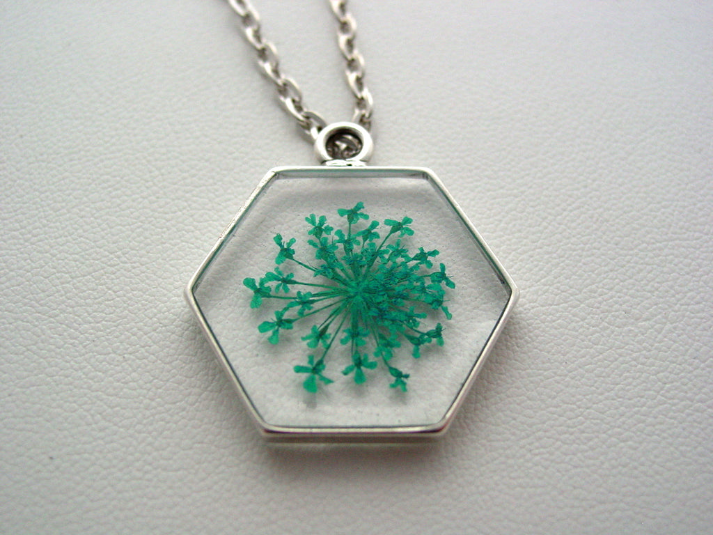 Queen Anne's Turquoise Lace Dried Pressed Flowers In Resin Antique Silver Finish Setting Necklace