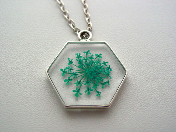 Queen Anne's Lace Necklace, Turquoise Dried Pressed Flowers, Octagon Flower Resin Necklace