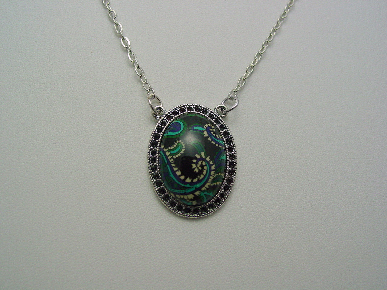Vintage West Germany Paisley Cabochon Antique Silver Finish Necklace