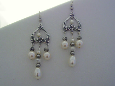 Traditional Wedding Off White Pearl Earrings Bridal Gift ~ Matron of Honor Gift ~ Bridesmaids Gift