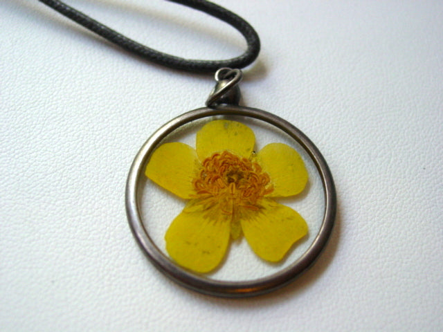 Buttercup Dried Pressed Flower In Resin Platinum Setting Necklace (2)