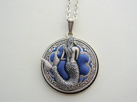 Mermaid Necklace, Victorian Layered Mermaid Necklace, Renaissance Mermaid Pendant, Detailed Filigree Necklace, Unique Mermaid Pendant