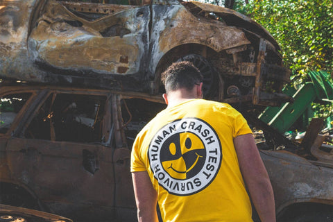 T-SHIRT SURVIVOR JAUNE