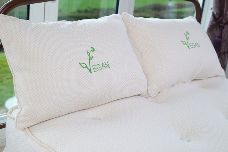 Vegan toppers, mattresses and pillows