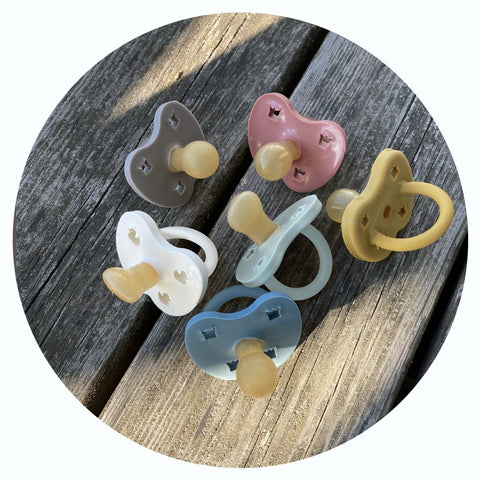 Colorful Natural Rubber Pacifier 3-36 months