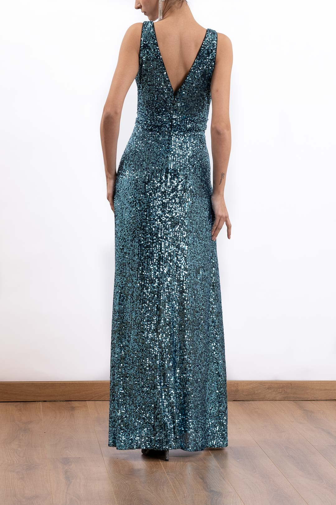 Sleeveless V-Neck Sequined Long Dress
