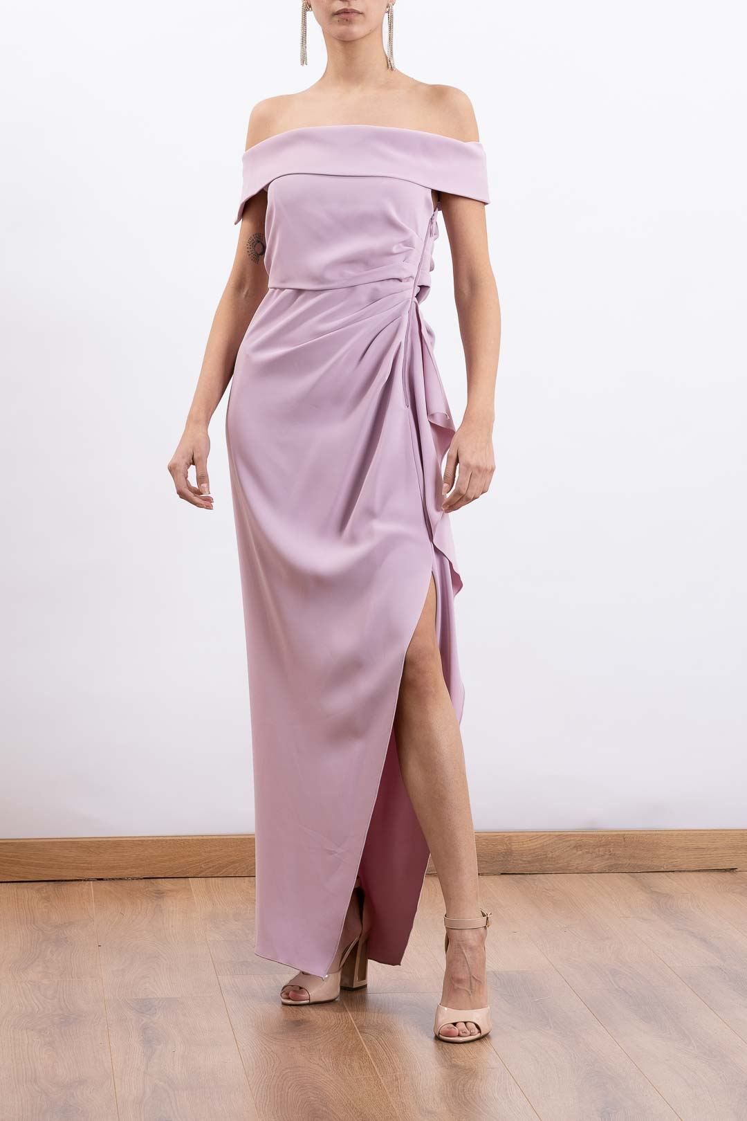 Elegant Off-Shoulder Maxi dress