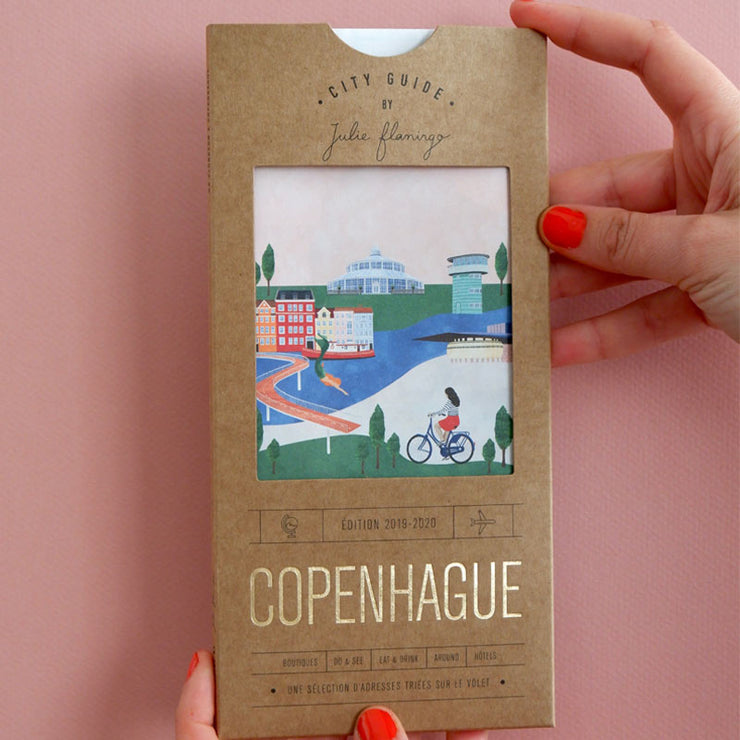 JULIE FLAMINGO - City Guide Copenhague - Scene