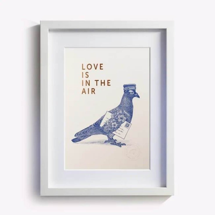 les editions du paon affiche love is in the air