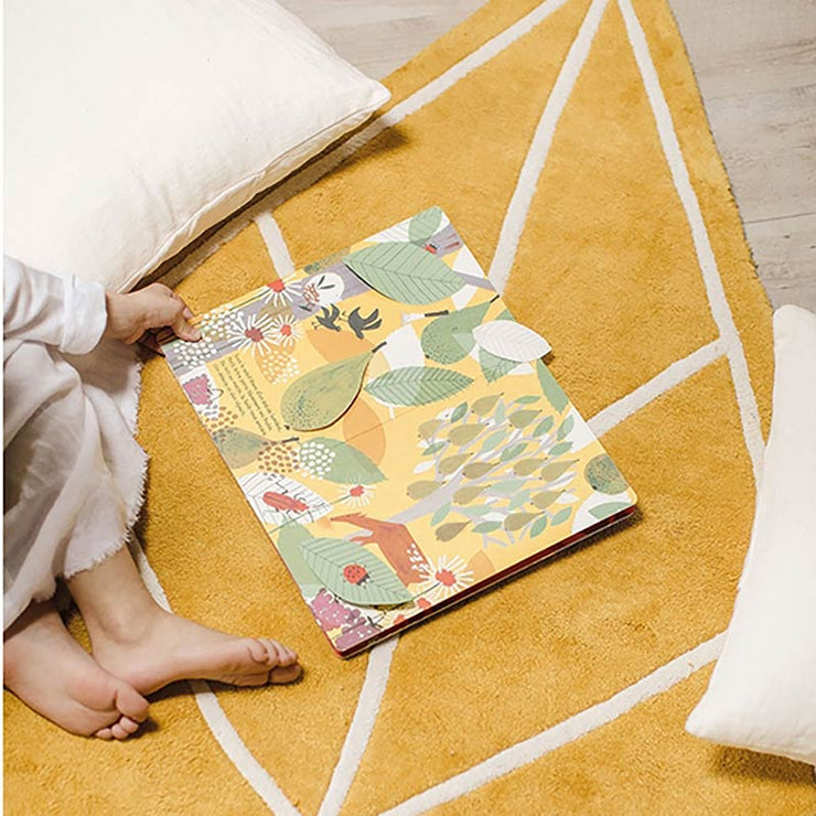 tapis enfant lilipinso feuille moutarde