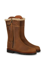 womens boots, penelope chilvers tassel boots,  penelope chilvers boots, duchess of cambridge brown boots, catherine of duchess of cambridge boots, snow boots, brown boots